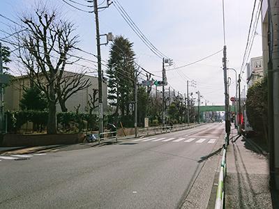 稲田小学校交差点